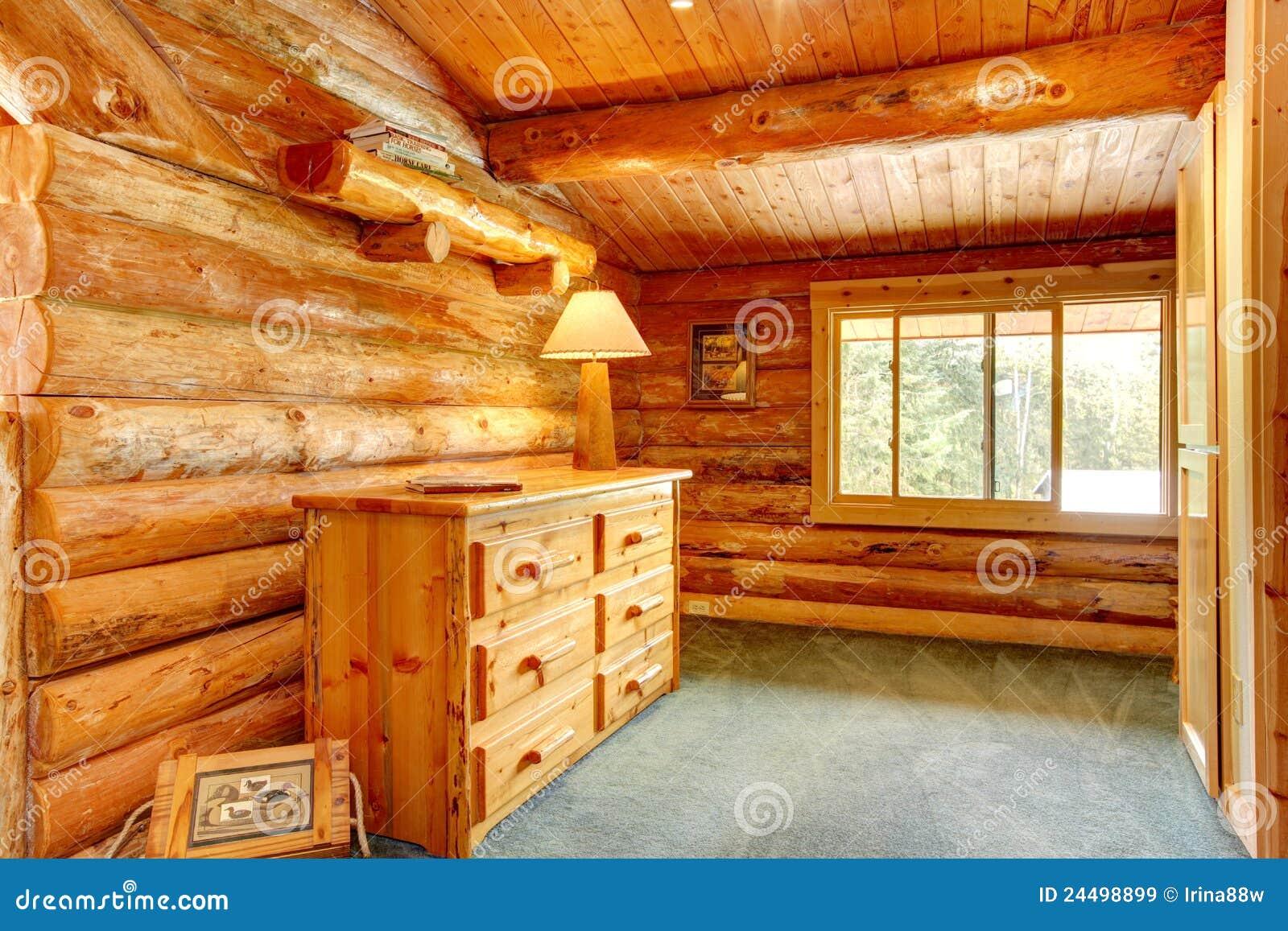 Interior de la casa de la caba a de madera im genes de - La casa de madera ...