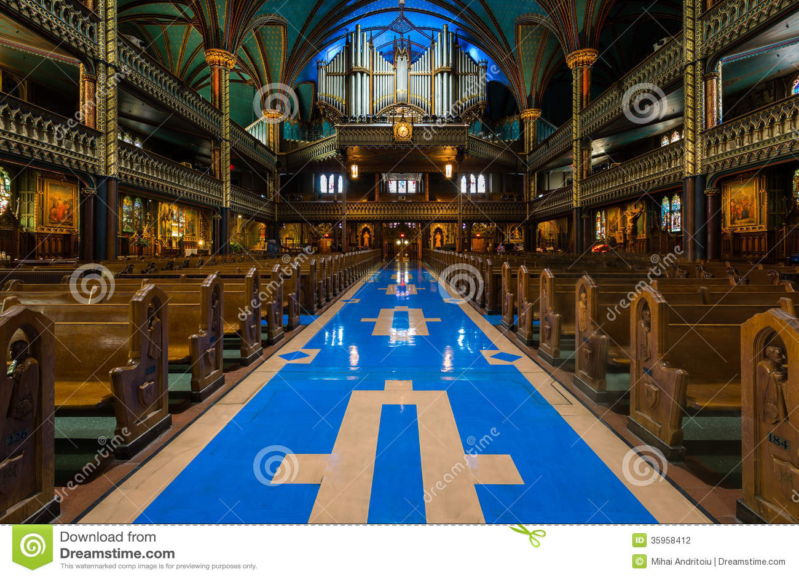 Interior de Notre-Dame de Montreal