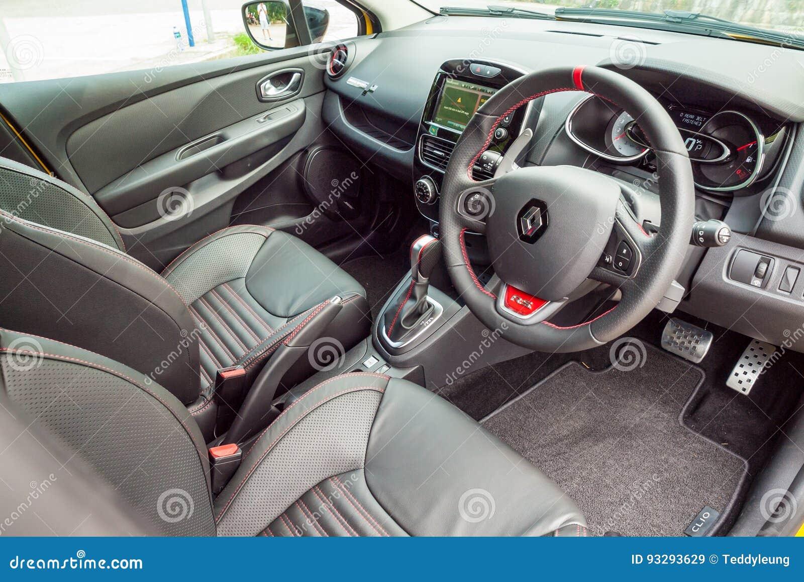 Interior De Renault Clio Rs 2017 Imagem De Stock Editorial Imagem De 2017 Renault 93293629