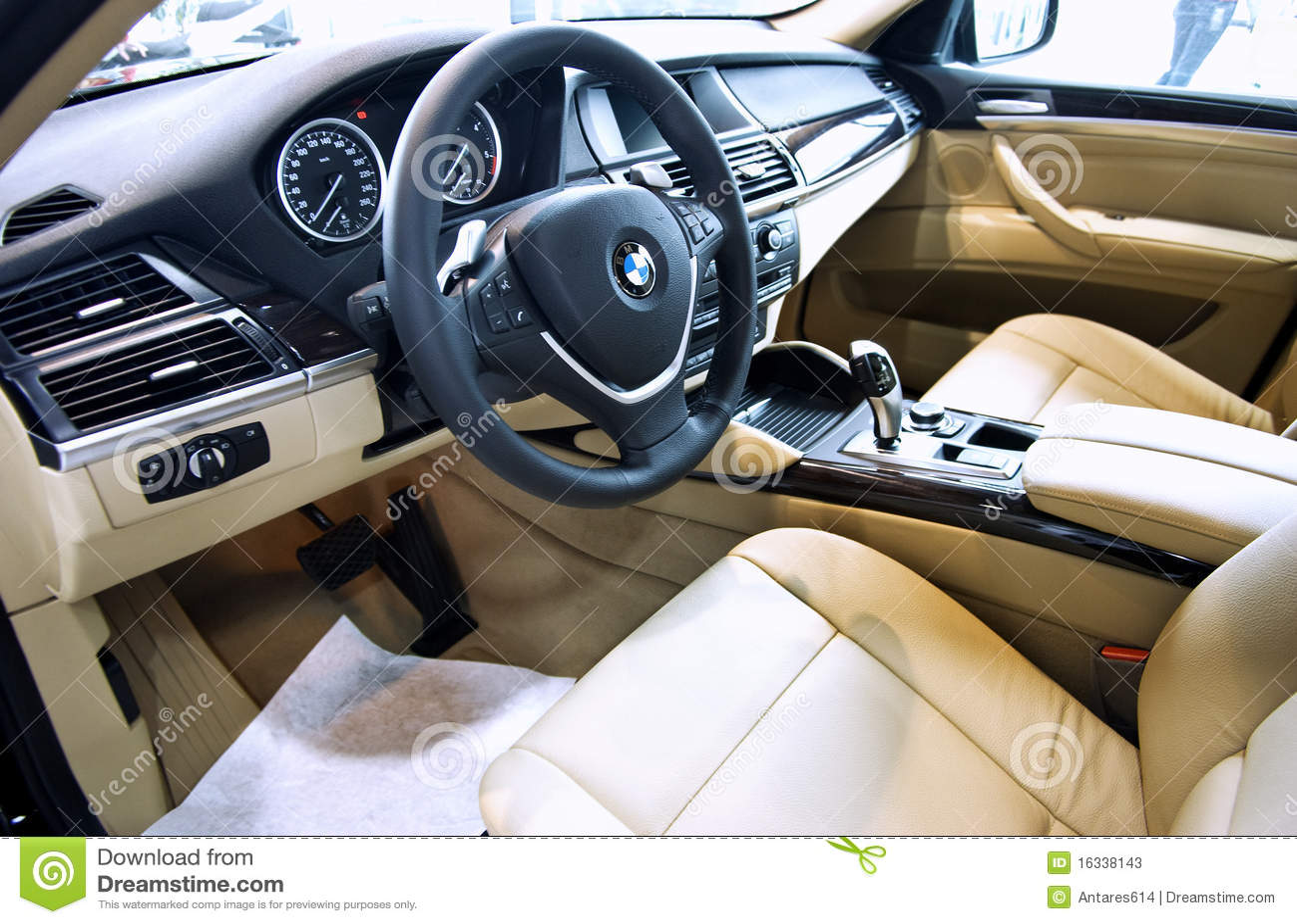 Interior del coche de bmw x6 foto de archivo editorial imagen de clave drive 16338143 - Foto foto interior ...