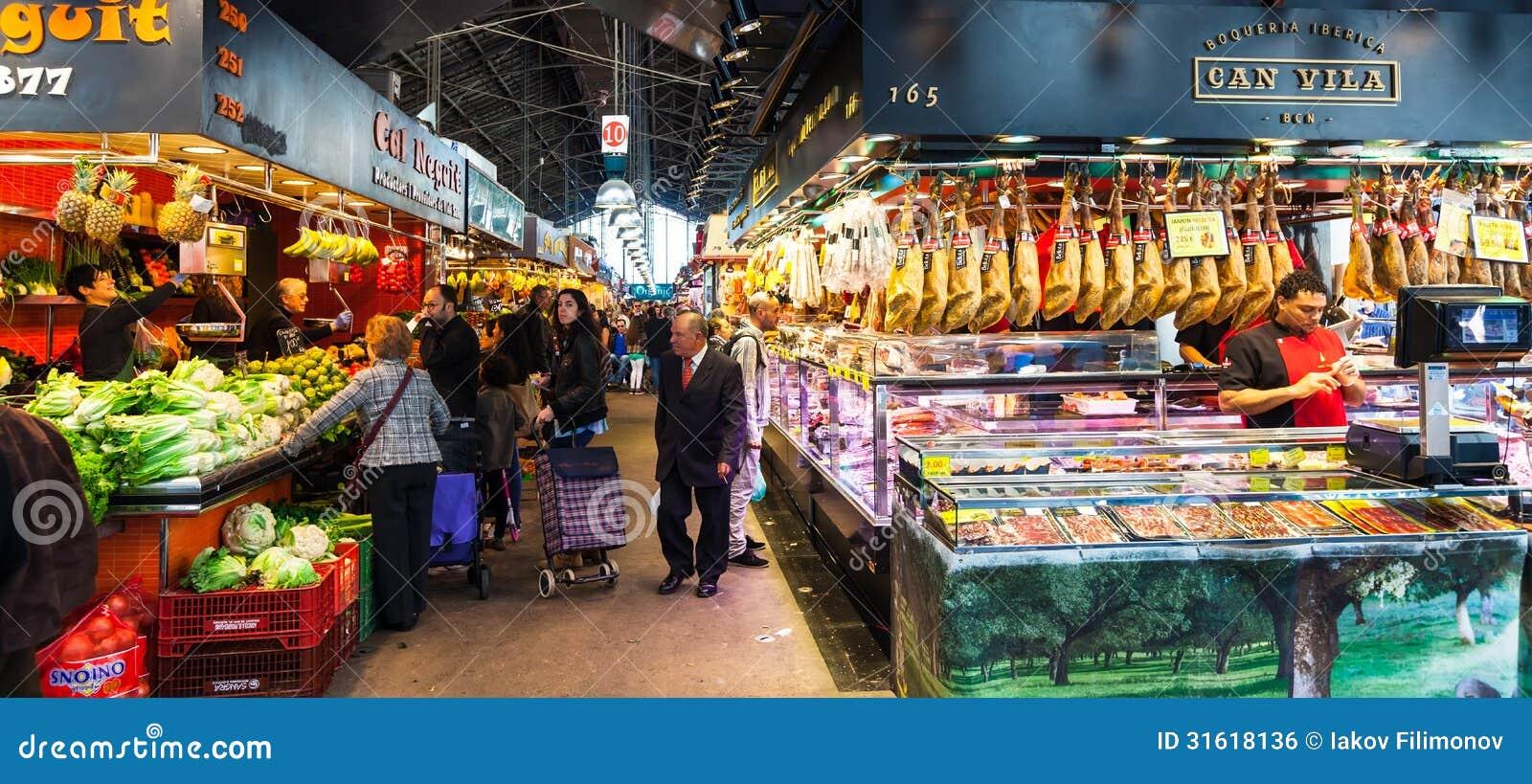 Interior del mercado de boqueria barcelona foto editorial - Calle boqueria barcelona ...