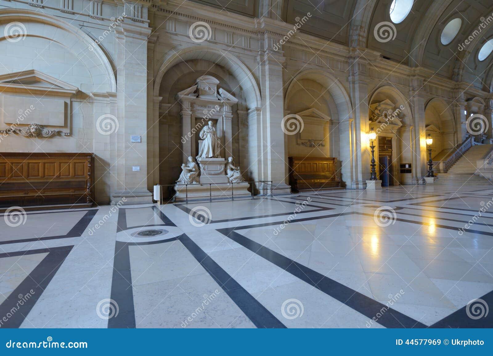Interior del palacio de la justicia en par s imagen de for Interior y justicia