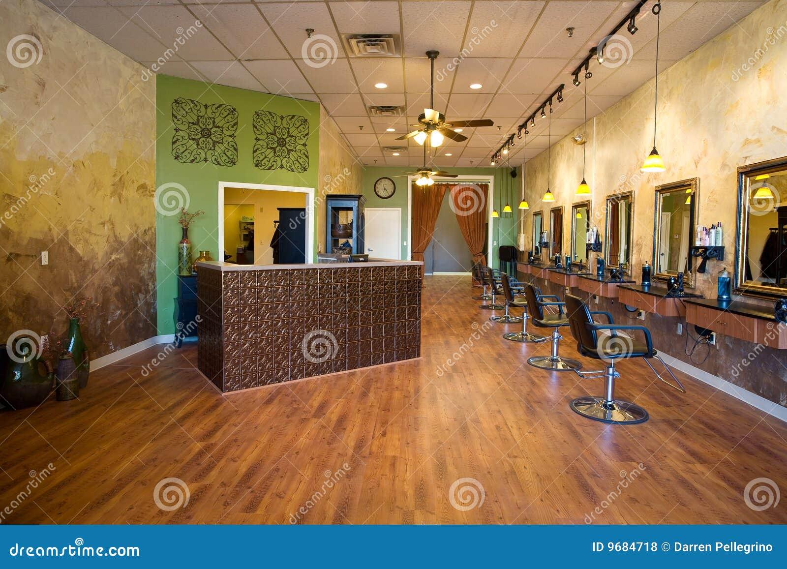 Interior del sal n de belleza foto de archivo imagen for Salones de peluqueria decoracion fotos