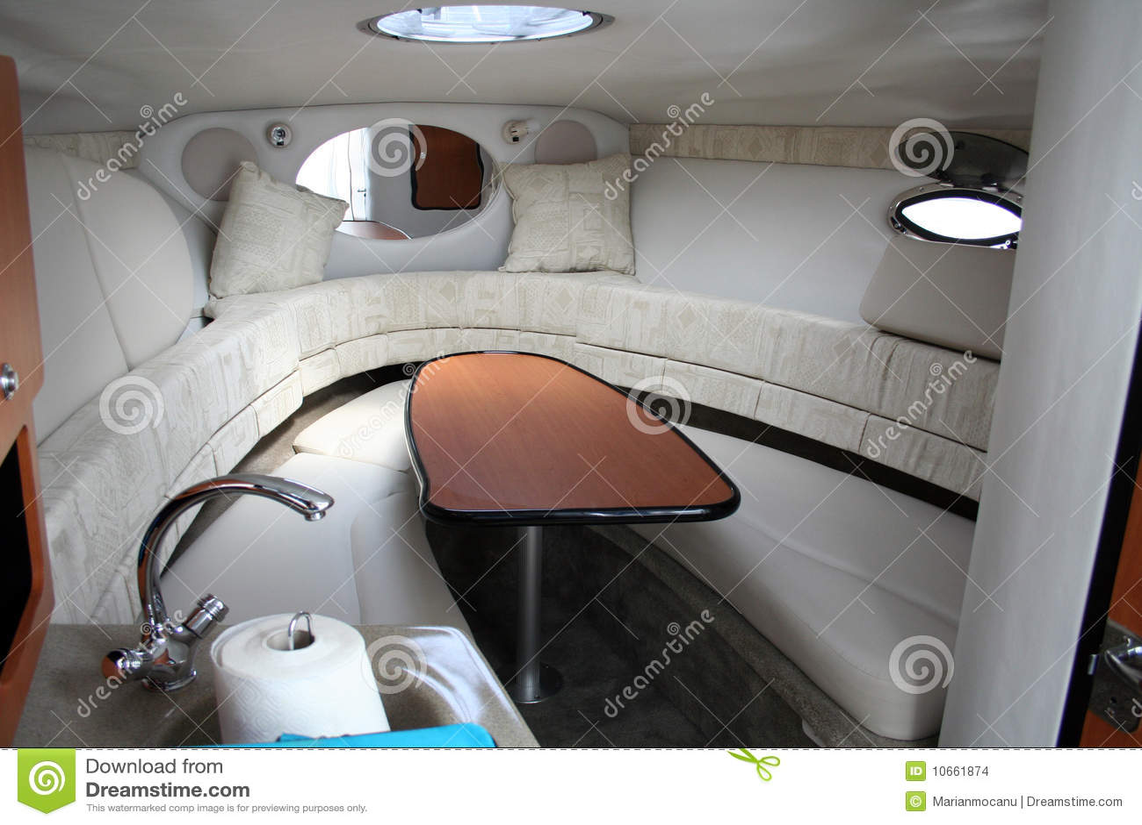 Interior del yate imagenes de archivo imagen 10661874 - Yates de lujo interior ...
