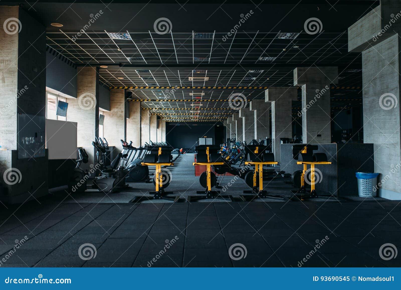 Interior do clube de aptidão Gym ninguém