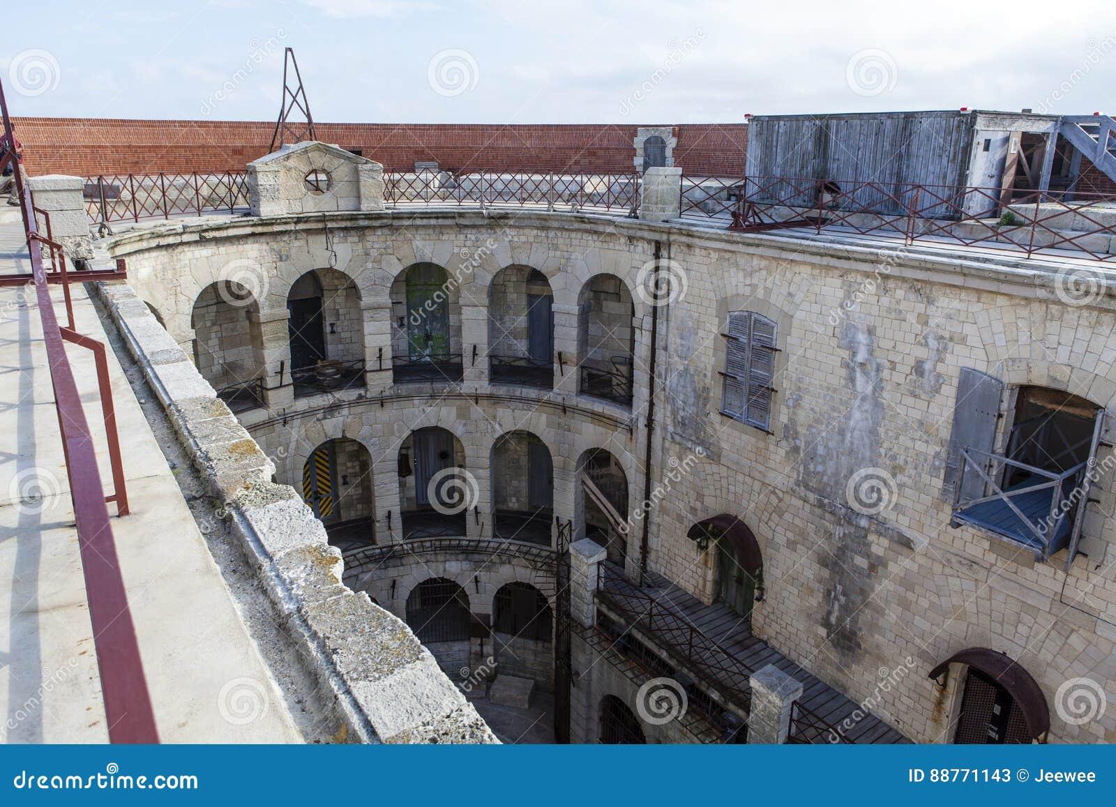 Interior do Fort Boyard em França, Charente-marítimo, França