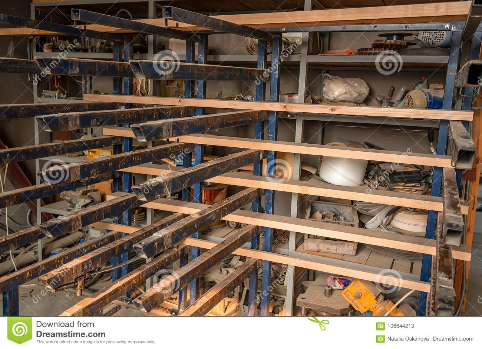 Interior do woodshop moderno