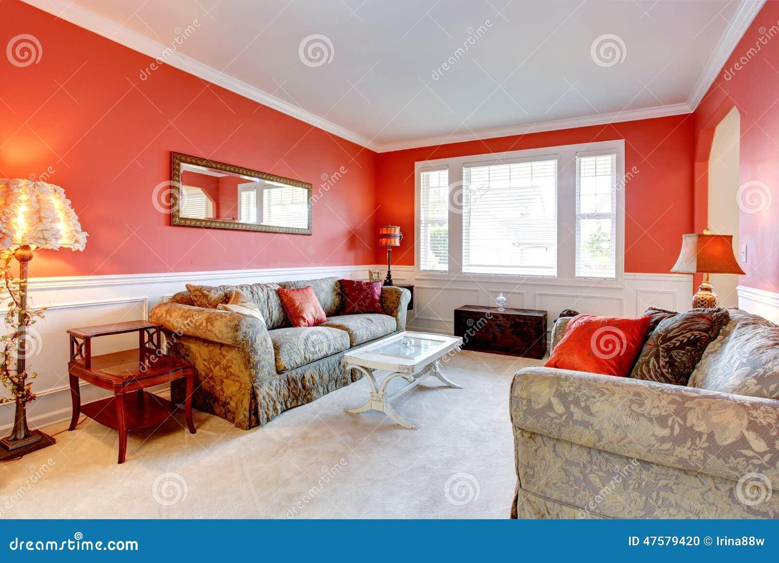 Color Feng Shui Interior Elegante De La Sala De Estar En Color Rojo Foto
