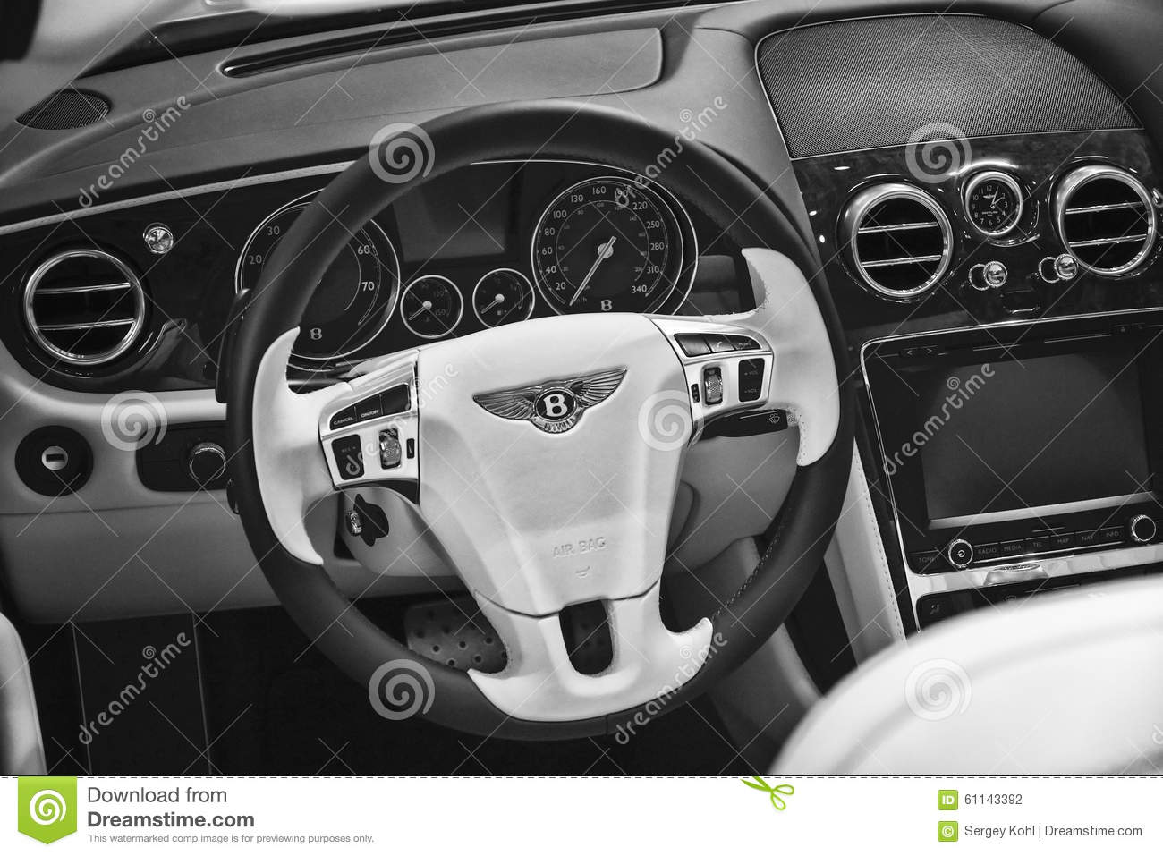 The Interior Of A Full Size Luxury Car Bentley New Continental Gt V8