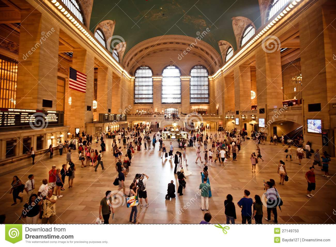 Interior of grand central station in new york city - Grand tableau new york ...