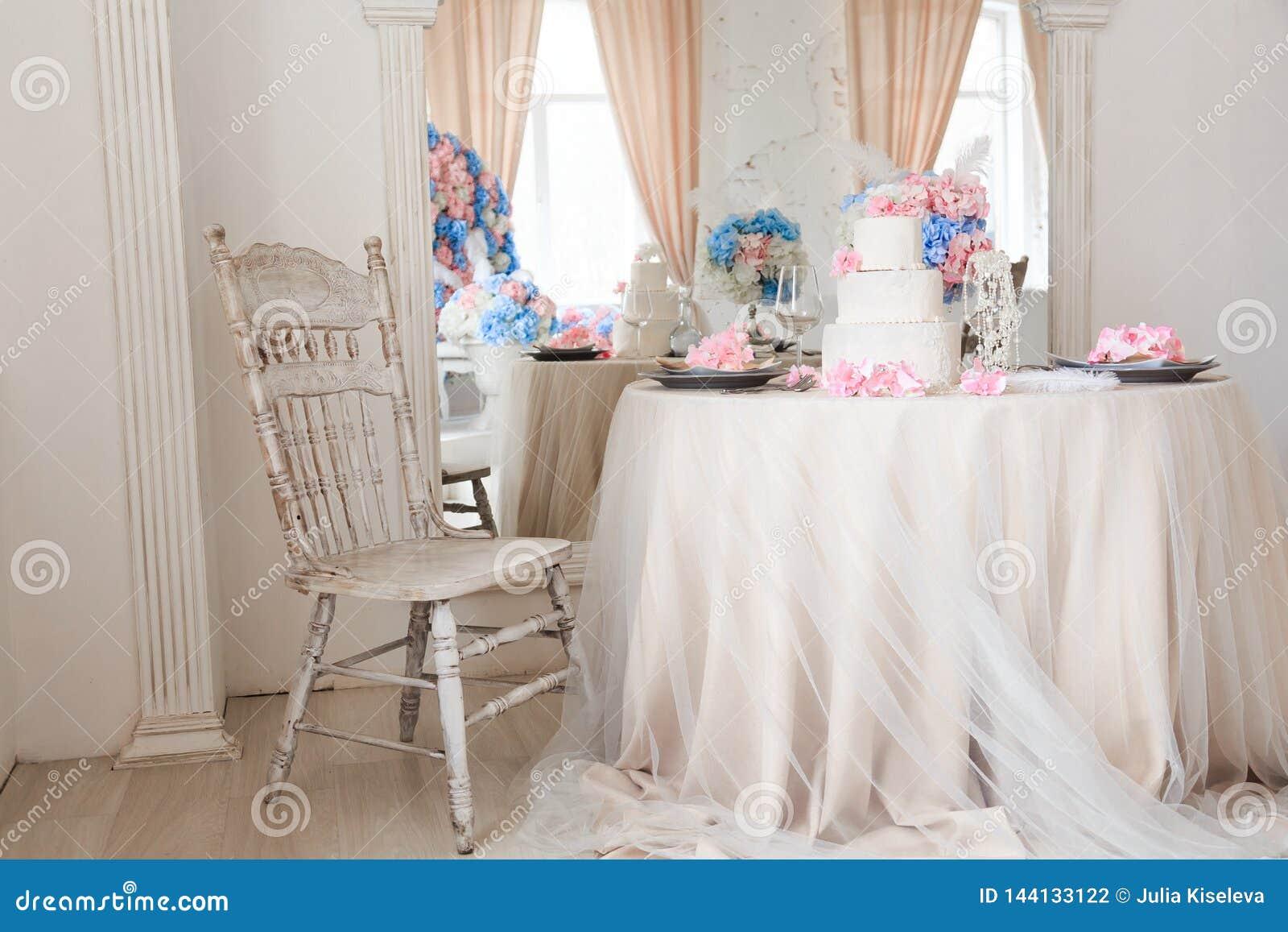 Interior luxuoso claro