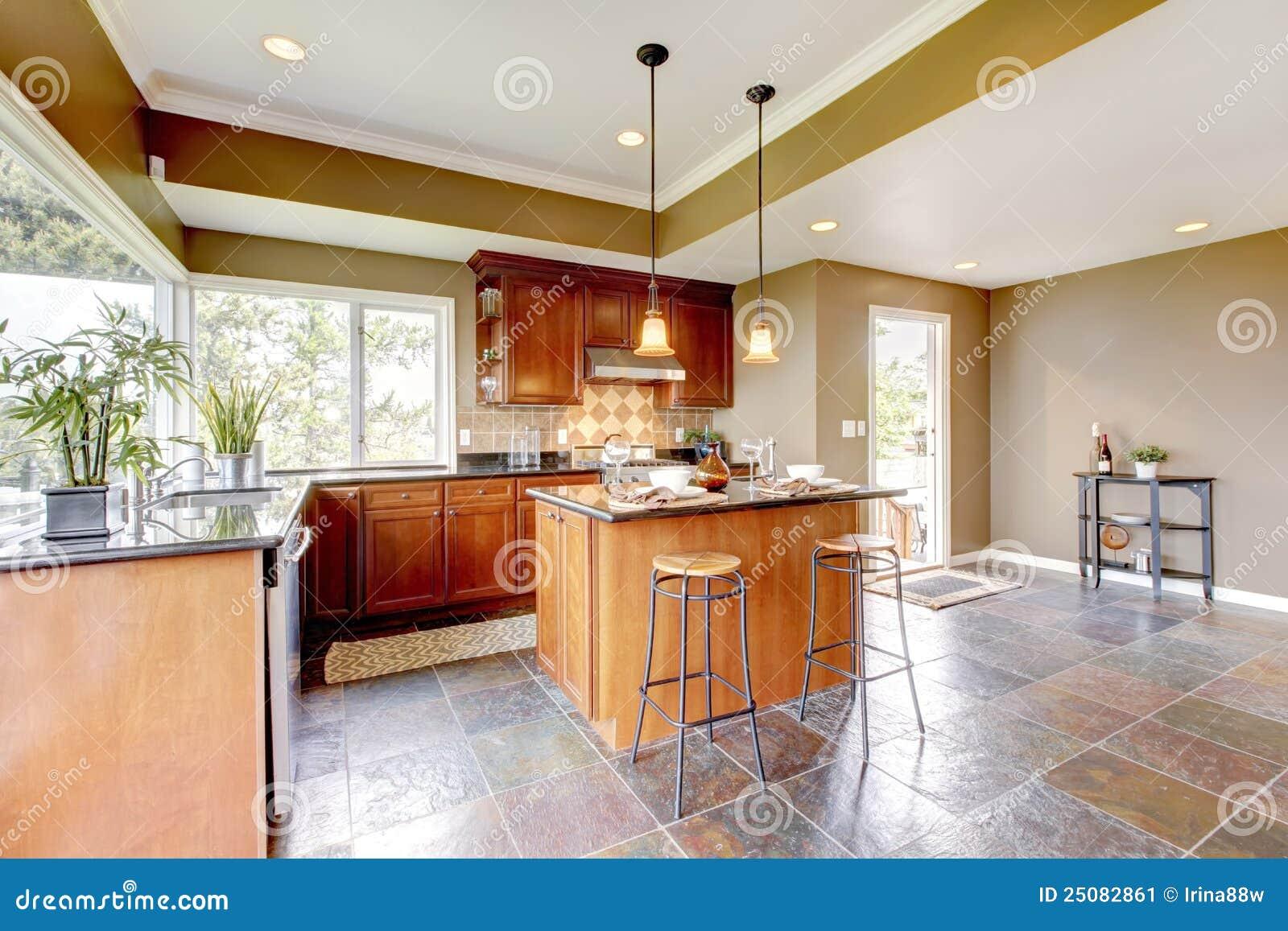 Interior luxuoso da cozinha com paredes verdes e os indicadores de  #7A3814 1300 957