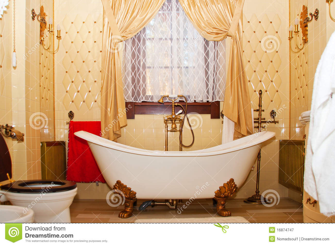 Interior Luxuoso Do Banheiro Do Vintage Fotografia de Stock Royalty  #C20808 1300 957
