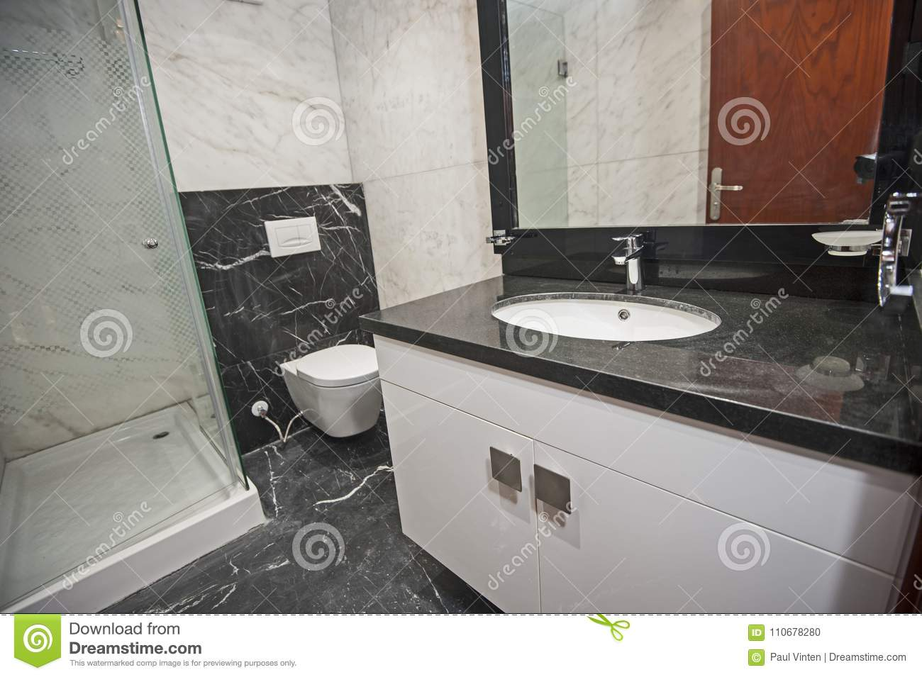 Interior Of A Luxury Show Home Bathroom Stock Photo - Image of ...