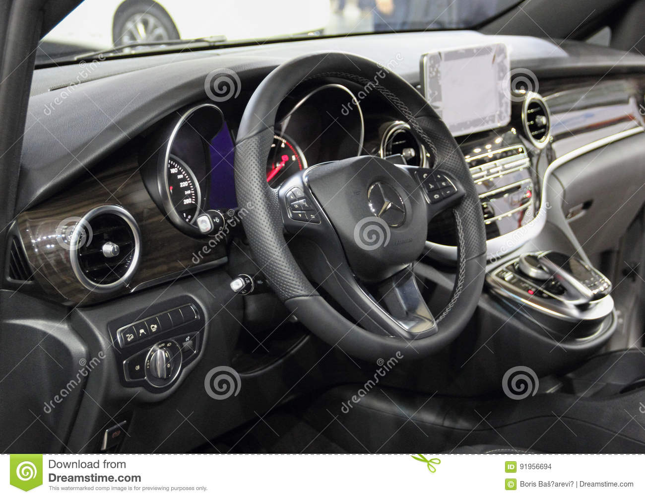 interior of the mercedes benz vito