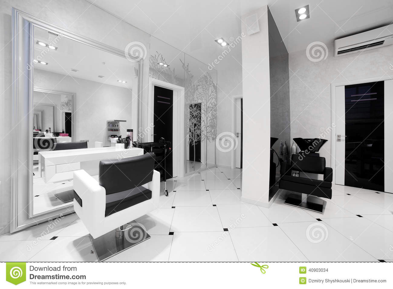 Interior of modern beauty salon stock photo image 40903034 for Interieur stylist