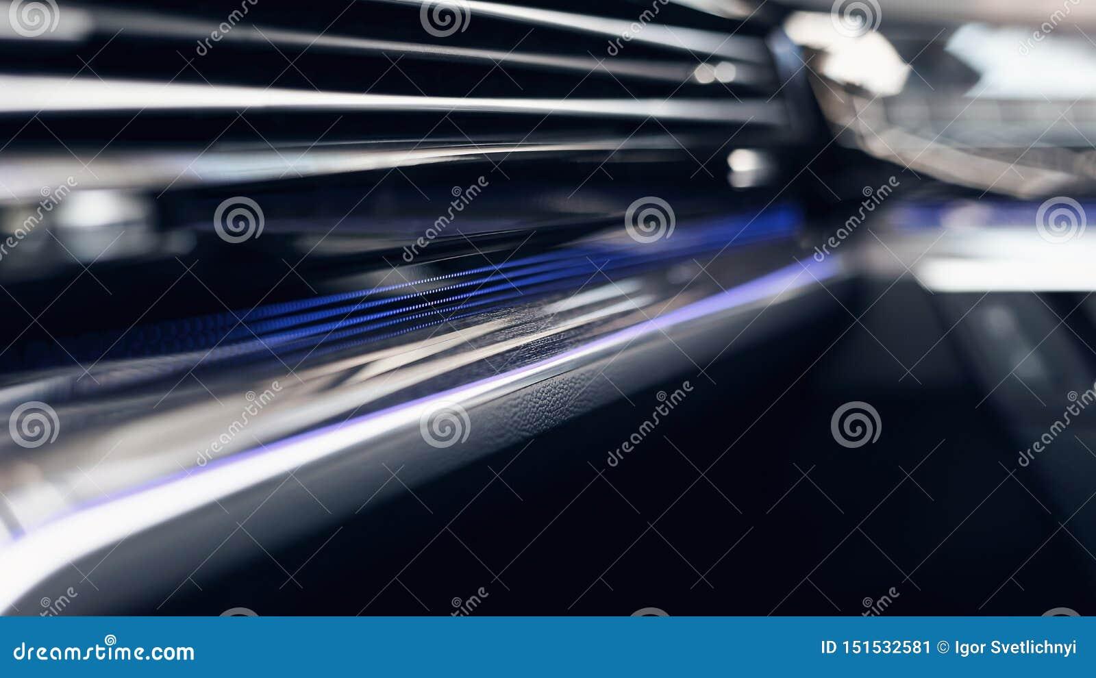 Interior moderno del coche Foco suave Tablero de instrumentos iluminado coche moderno Racimo lujoso del instrumento del coche