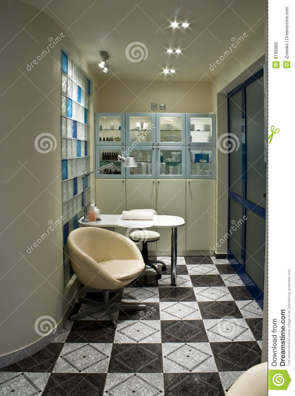 Beauty parlour room