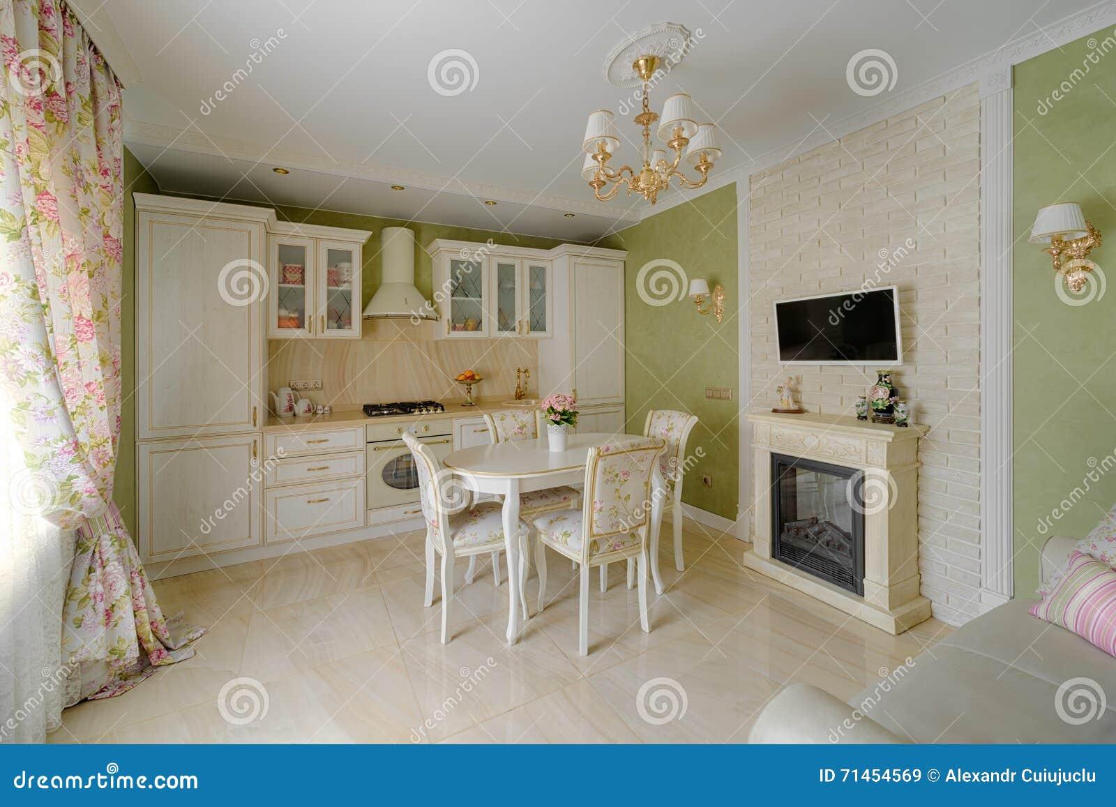 Interior Verde De Creme Clássico Da Cozinha Do Art Deco Luxuoso