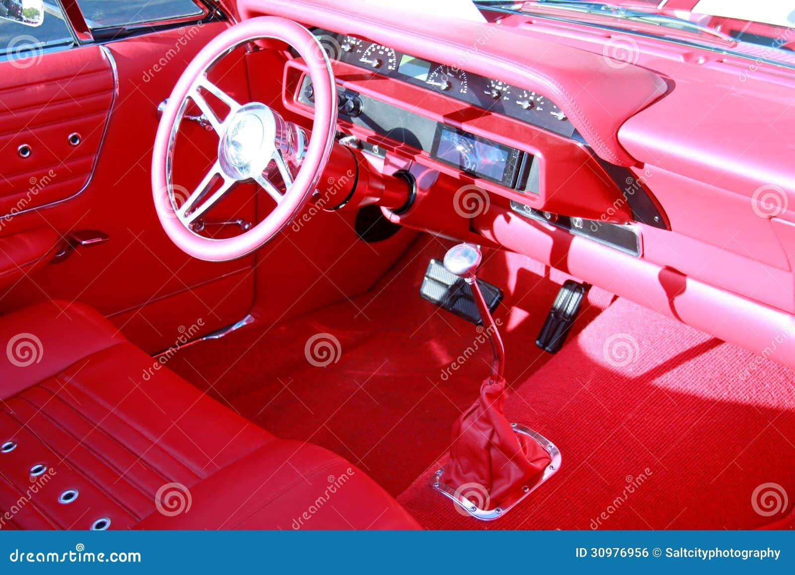interior vermelho do carro foto de stock imagem de calibre 30976956. Black Bedroom Furniture Sets. Home Design Ideas