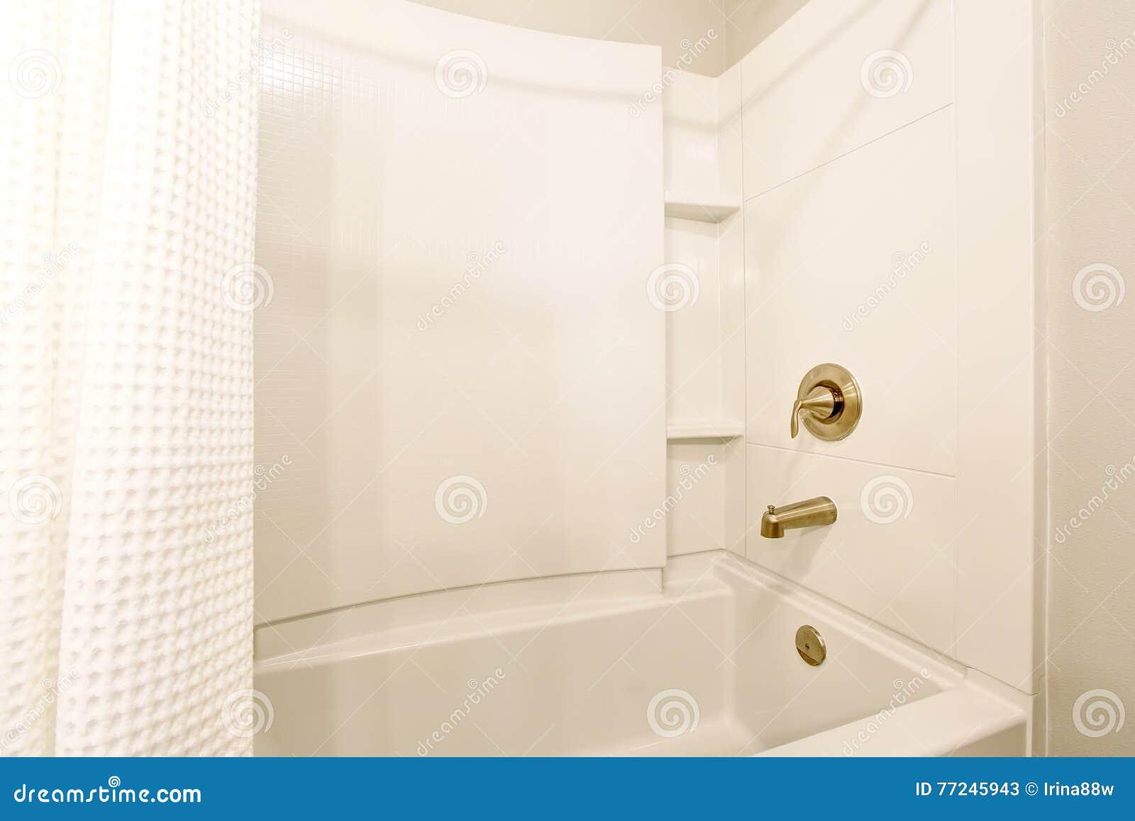 Vasca Da Bagno Libera : Come scegliere la vasca da bagno perfetta webcasa