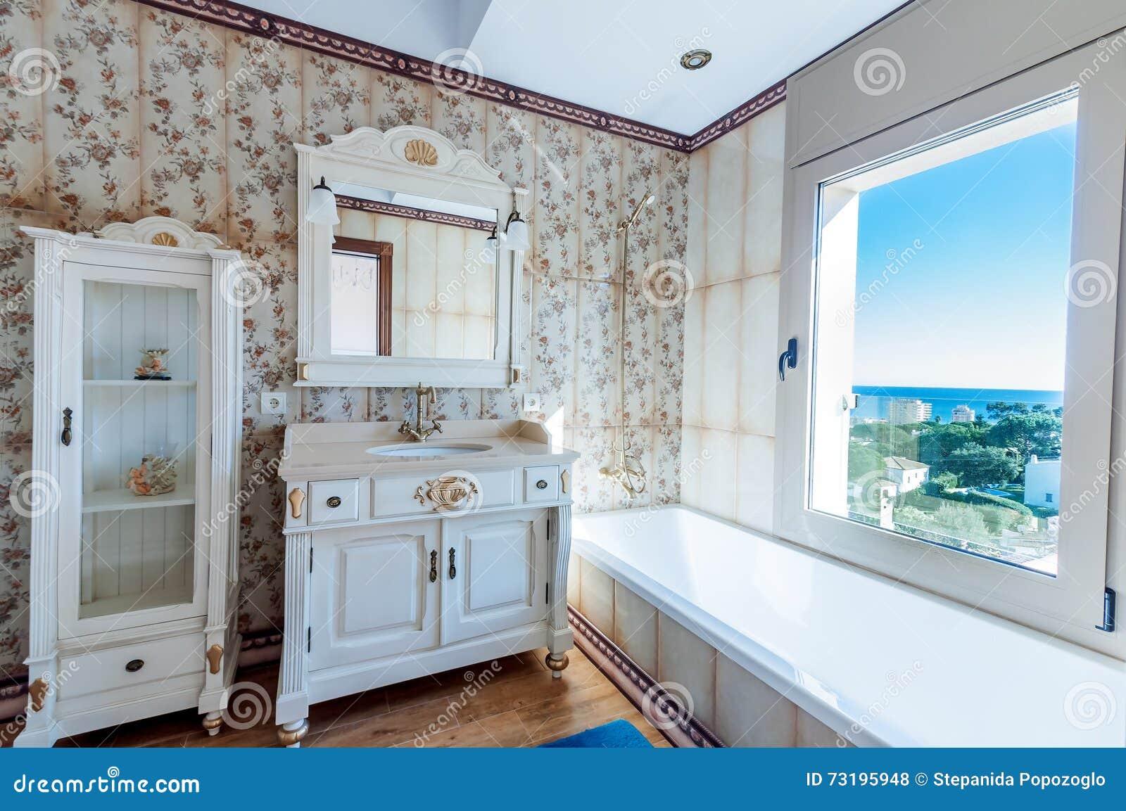 Interiores da casa moderna nova banheiro estilo do vintage for Casa moderna vintage