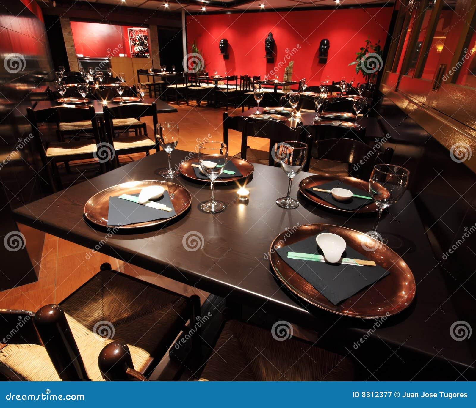 Interiores do restaurante fotografia de stock royalty free - Interiores de restaurantes ...