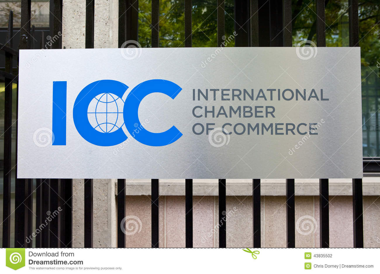 International commerce center kowloon hong kong royalty for Chamber of commerce france