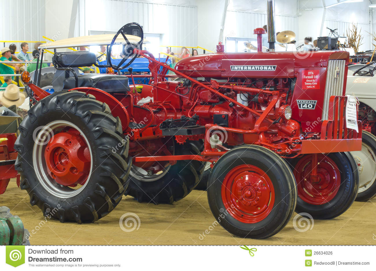 Farmall 140 Tractor : International farmall model tractor editorial photo