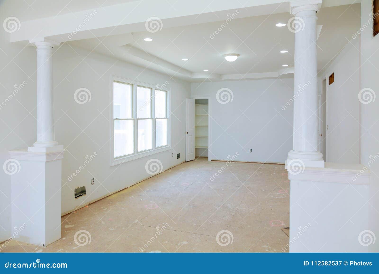 Come Rivestire Un Muro Interno interno bianco con i dettagli interni del muro a secco e di