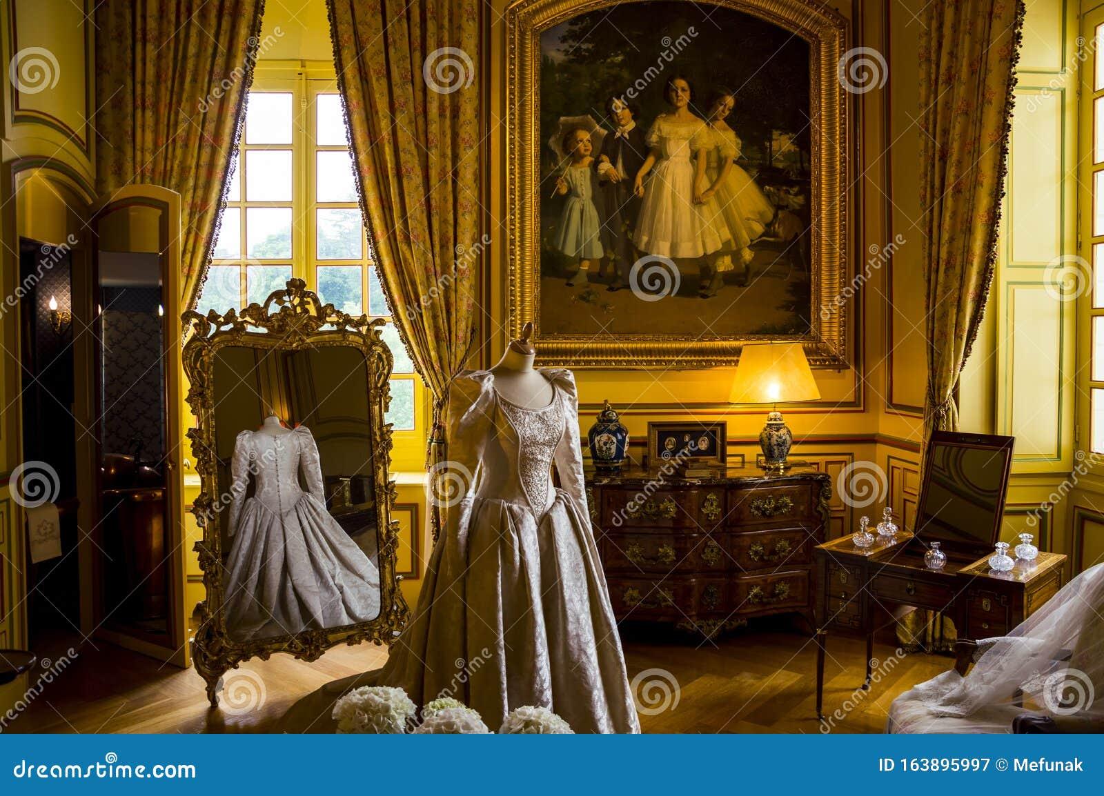 Interno Del Castello Di Cheverny, Valle Della Loire ...
