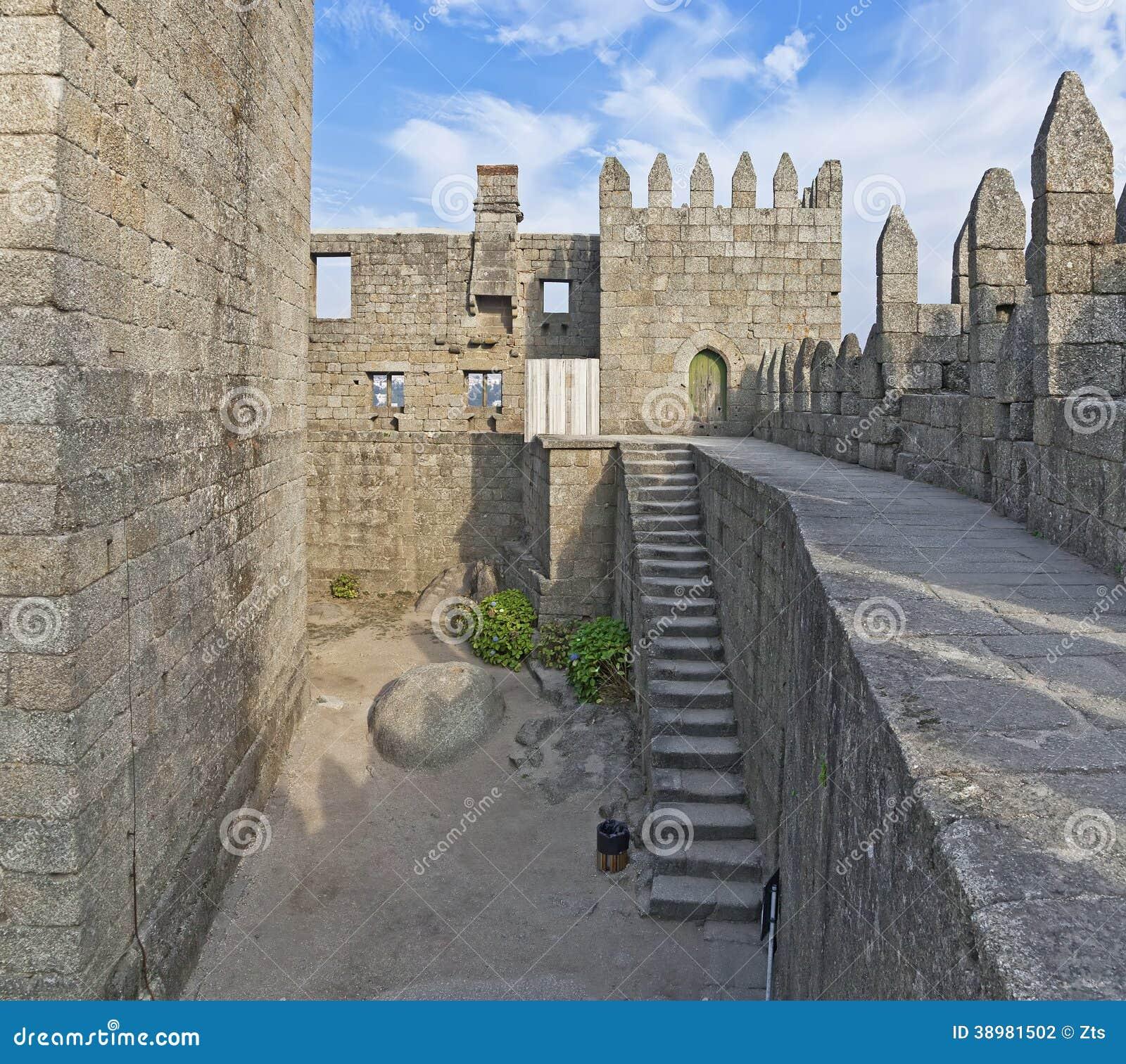 Interno del castello di Guimaraes, Guimaraes, Portogallo