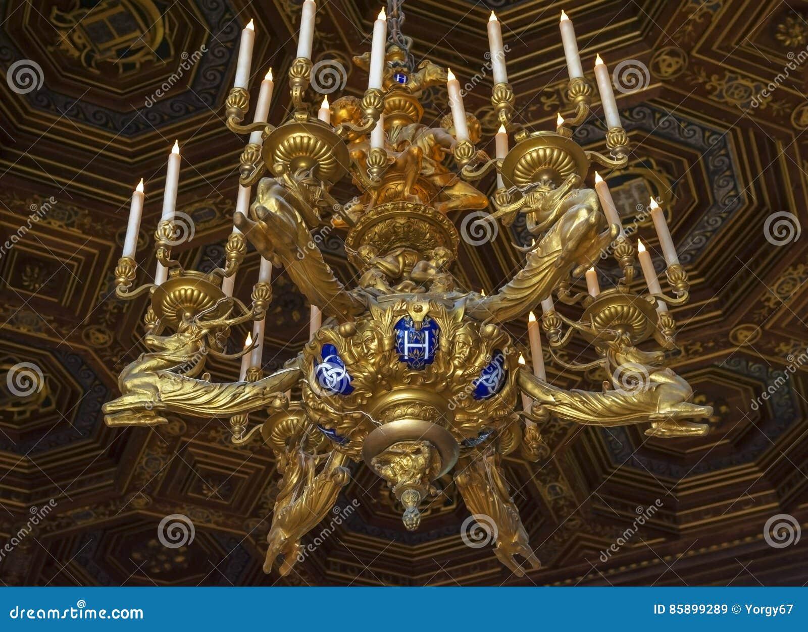 Interno del palazzo reale