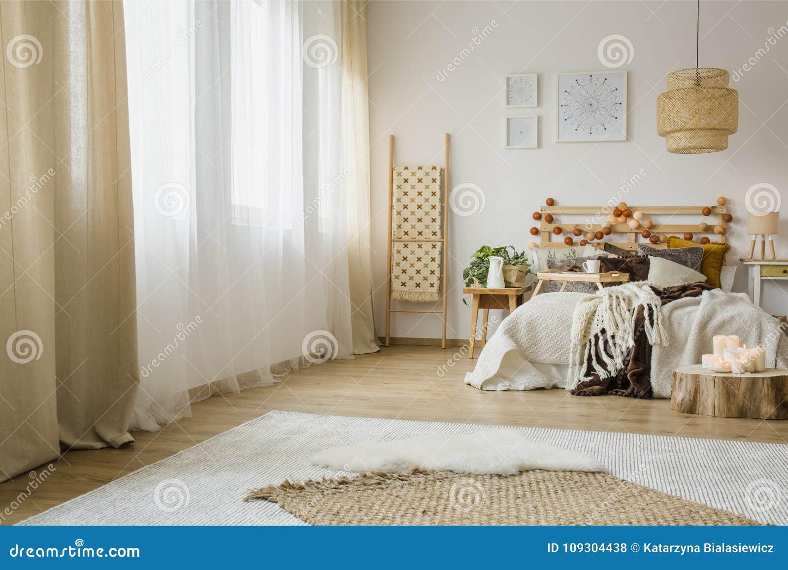 Stili Di Camere Da Letto interno della camera da letto di stile di hygge fotografia
