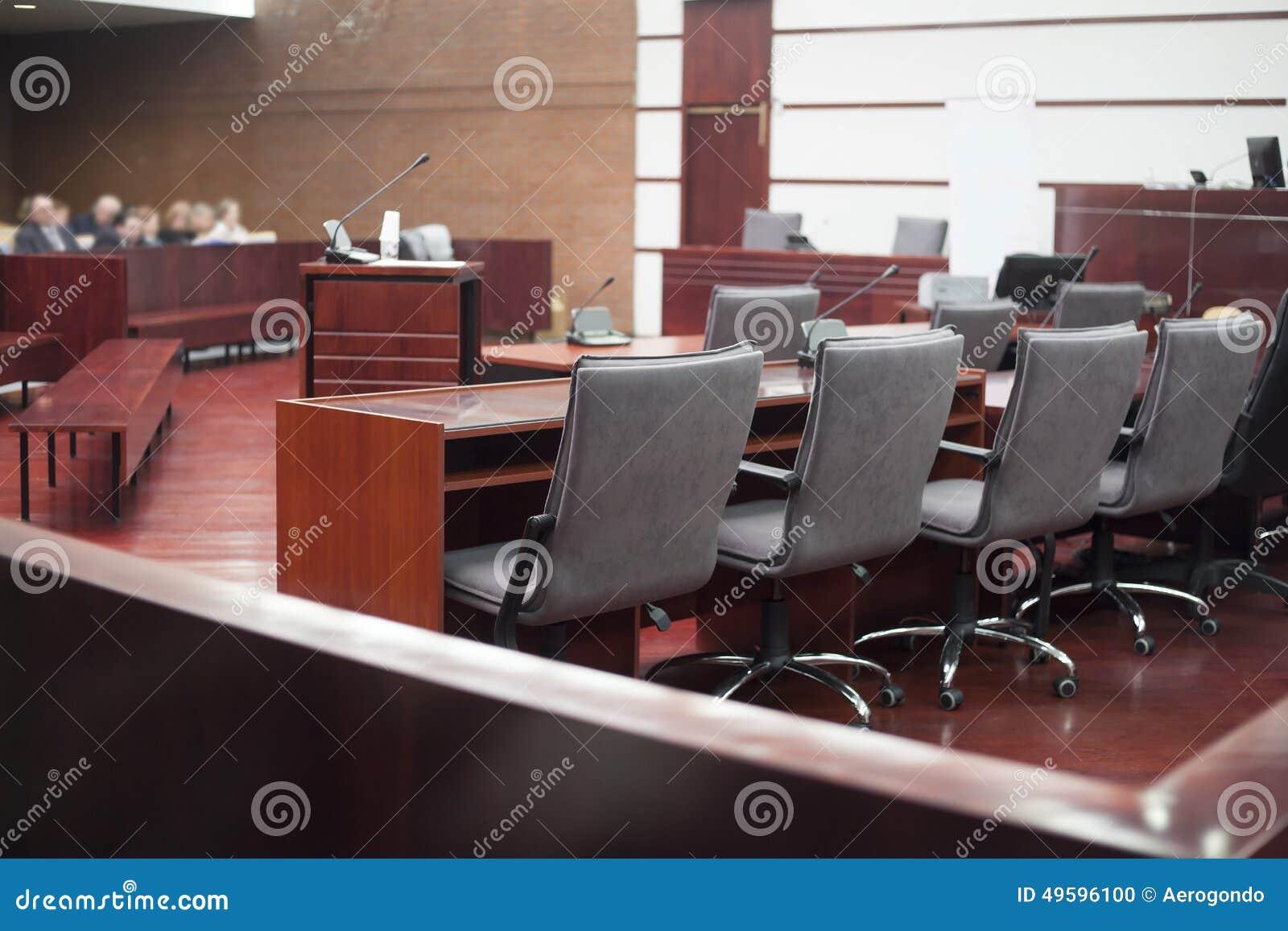 Interno della casa di corte