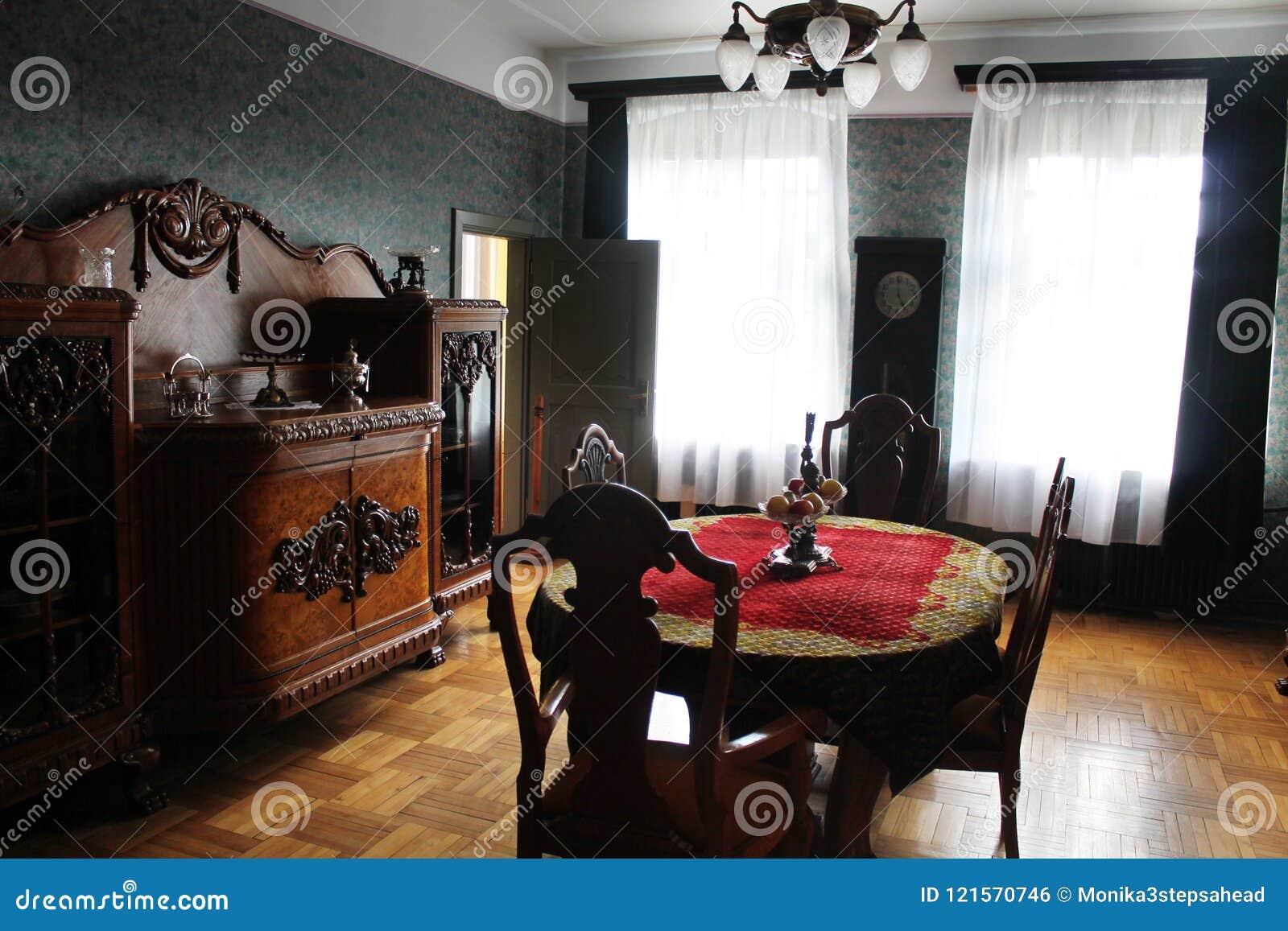 Interno della casa padronale sala da pranzo fotografia for Interno della casa