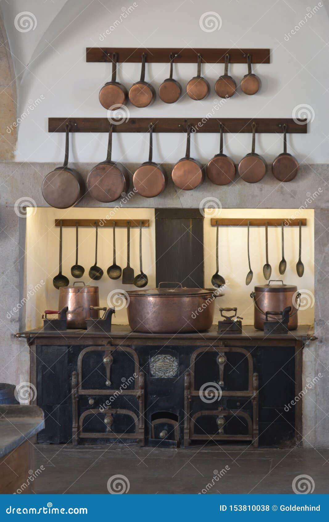 Interno della cucina con articolo da cucina d annata