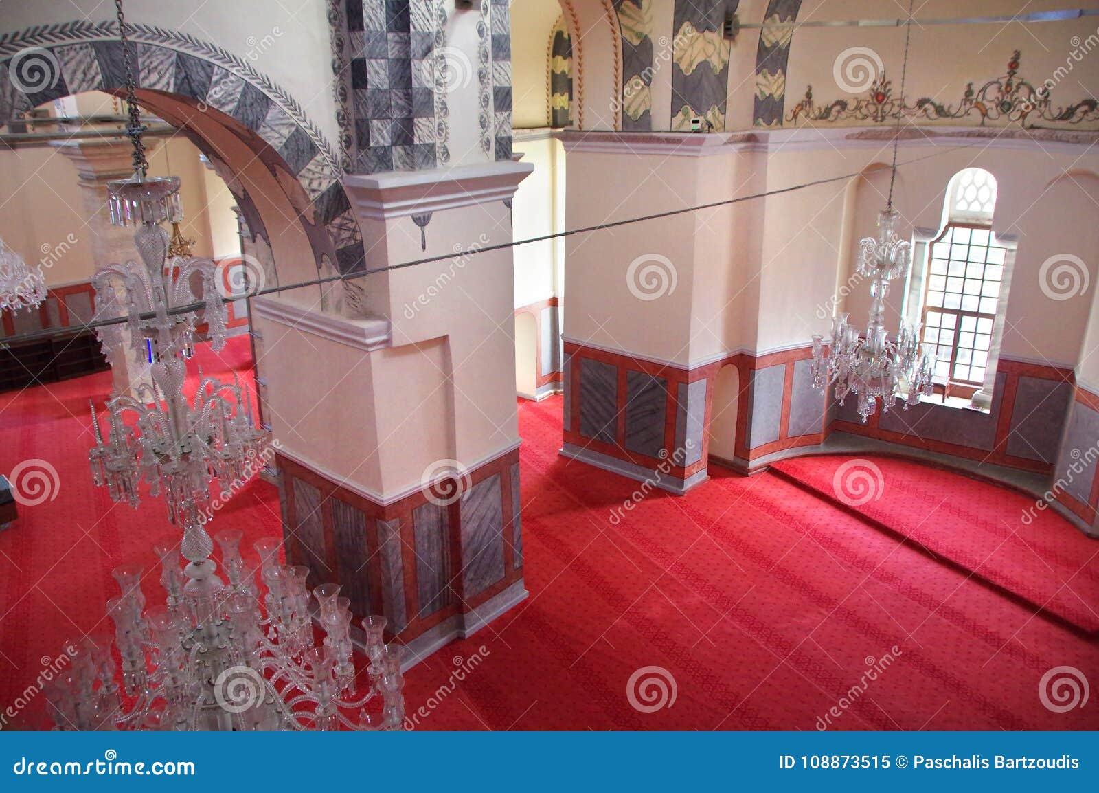 Interno Della Moschea Di Zeyrek, La Precedente Chiesa Di Cristo Pantokrator A Costantinopoli Moderna Immagine Editoriale - Immagine di architettura, antico: 108873515