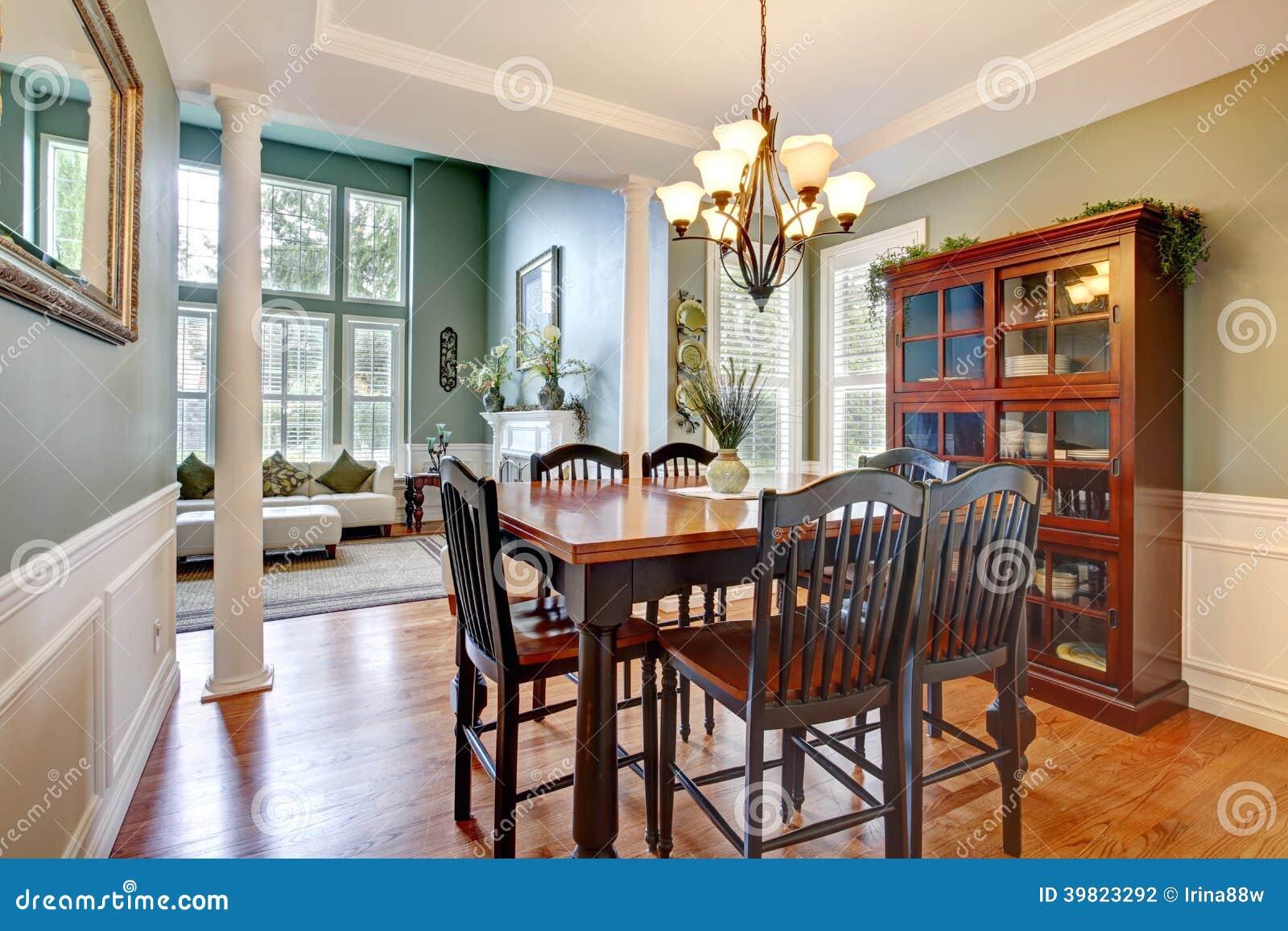 Interno di lusso della casa sala da pranzo fotografia stock immagine 39823292 - Stanze da pranzo ...