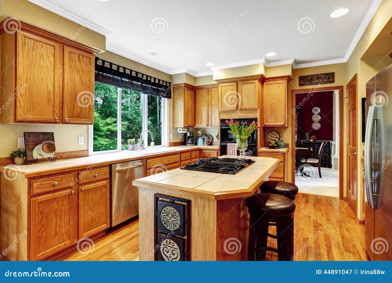 Interno di lusso della casa stanza della cucina fotografia for Interieur de cuisine americaine