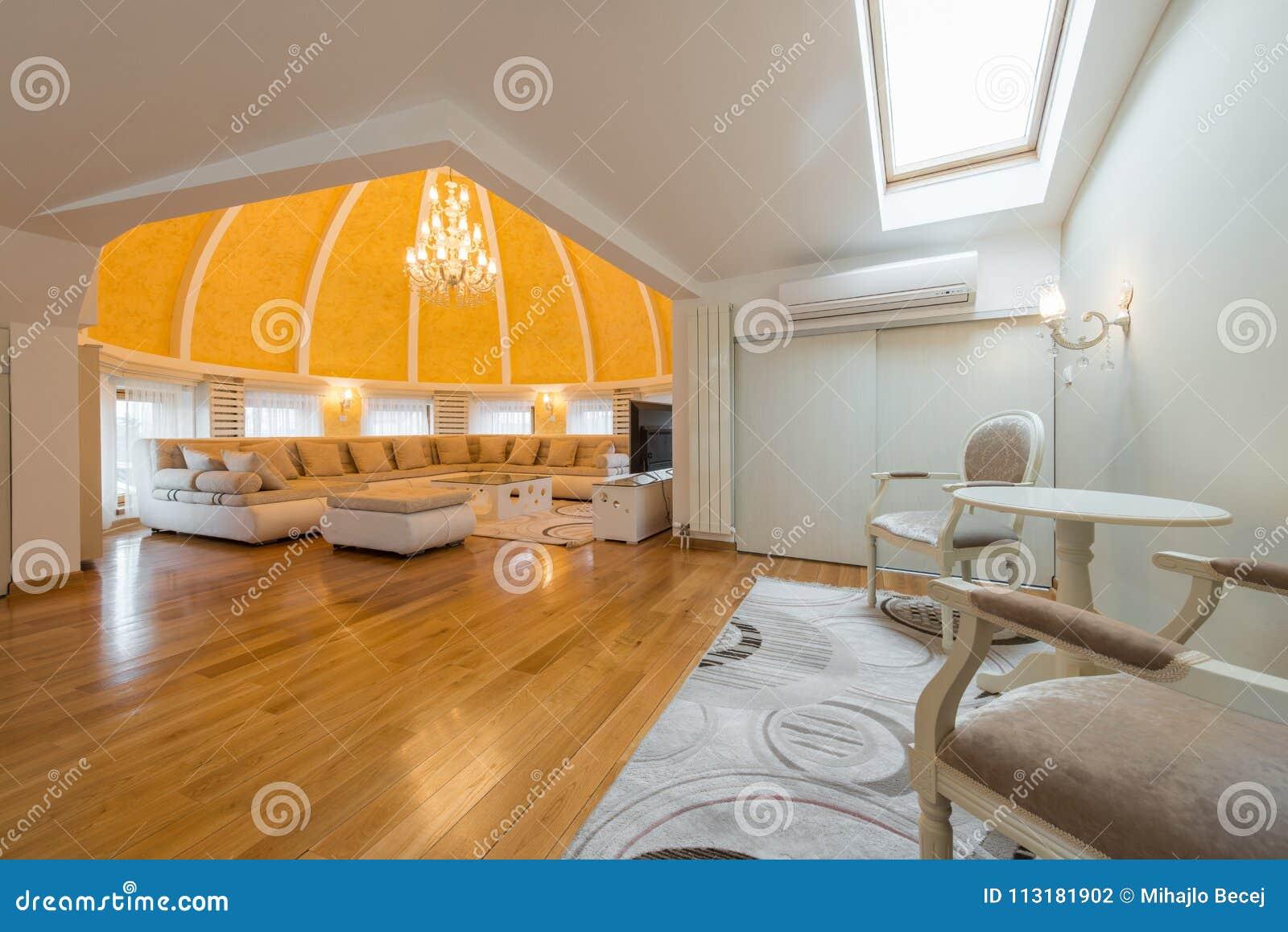 Interni Villa Di Lusso : Interno di una villa di lusso dell appartamento della cupola
