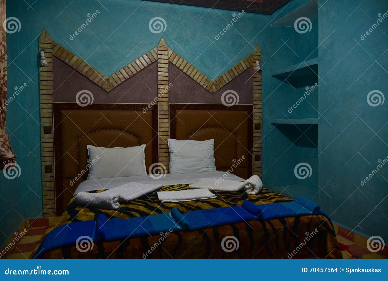 Camere Da Letto Marocco : Interno marocchino della camera da letto fotografia stock
