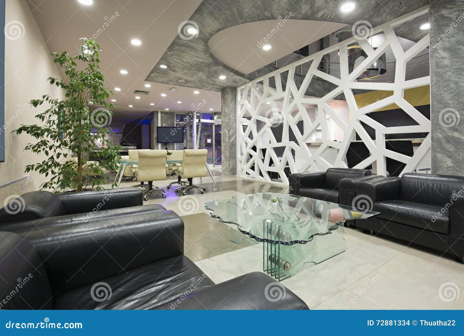 Interno moderno dell 39 ingresso dell 39 albergo di lusso for Interno moderno