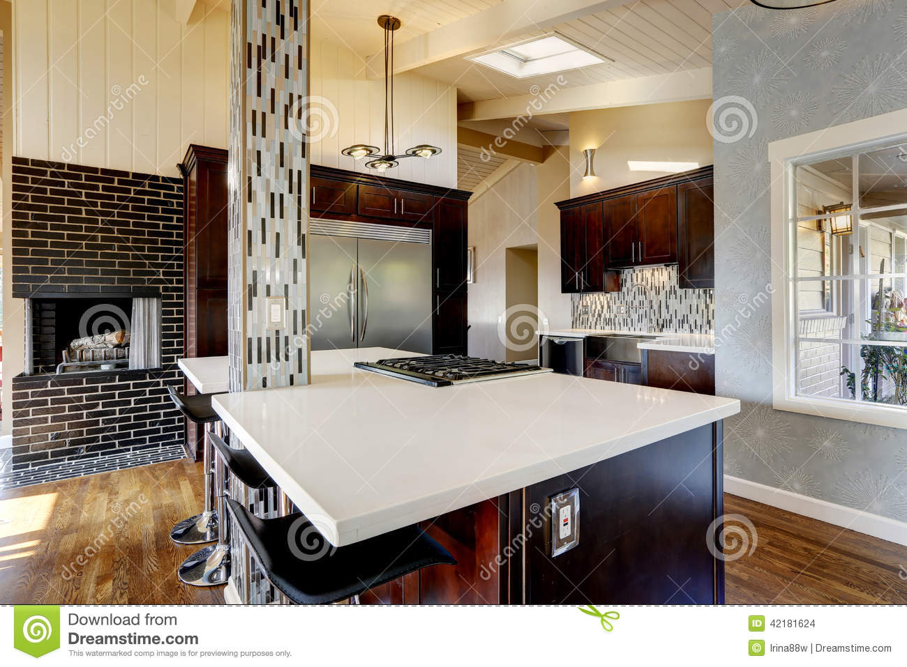 Cucina Moderna Con Il Camino Stock Images - 34 Photos