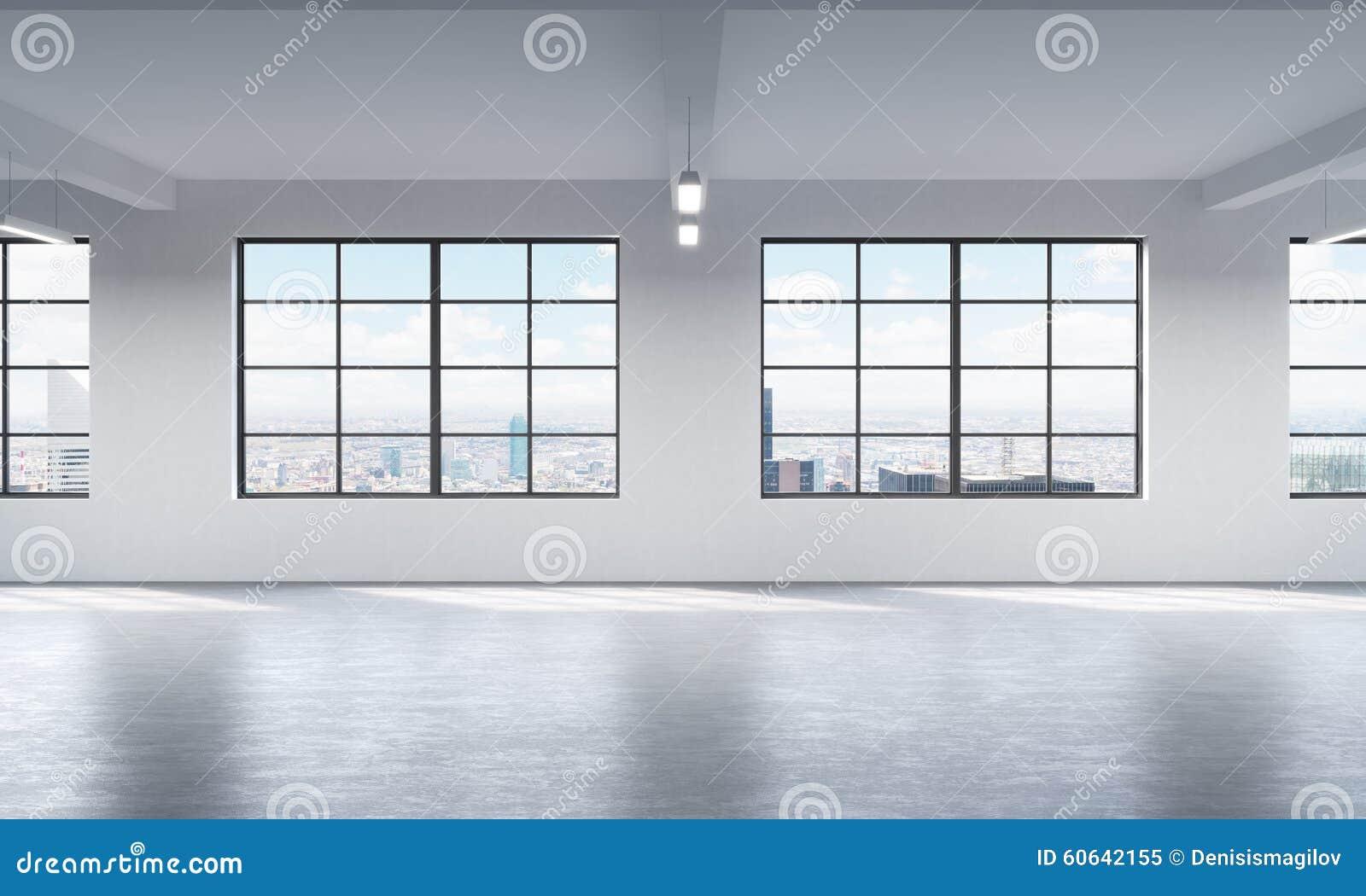 Interno pulito luminoso moderno di uno spazio aperto di stile del sottotetto Finestre enormi e pareti bianche Vista panoramica de