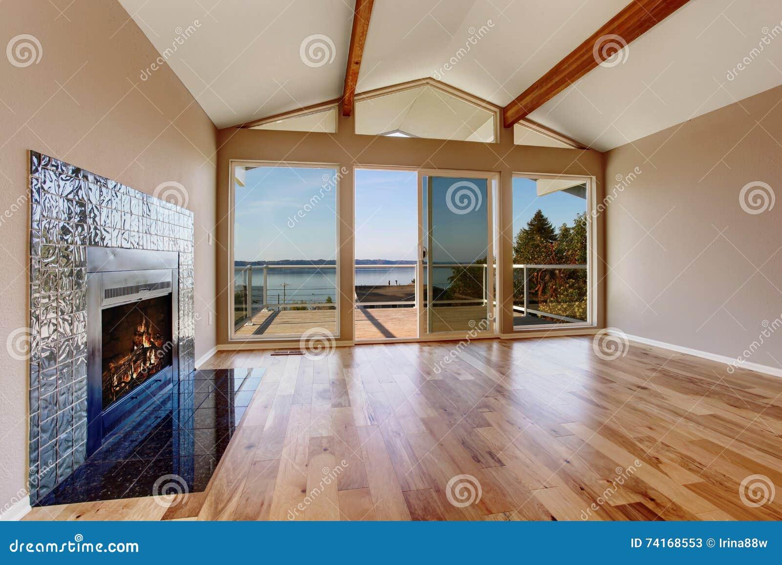 Soggiorni moderni offerte bianco for Soggiorni moderni in legno