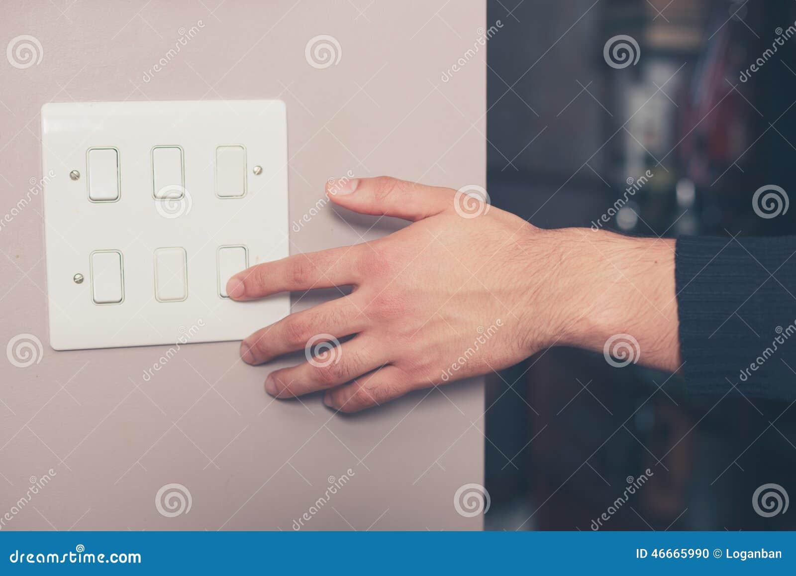 Interruptor do homem em luzes