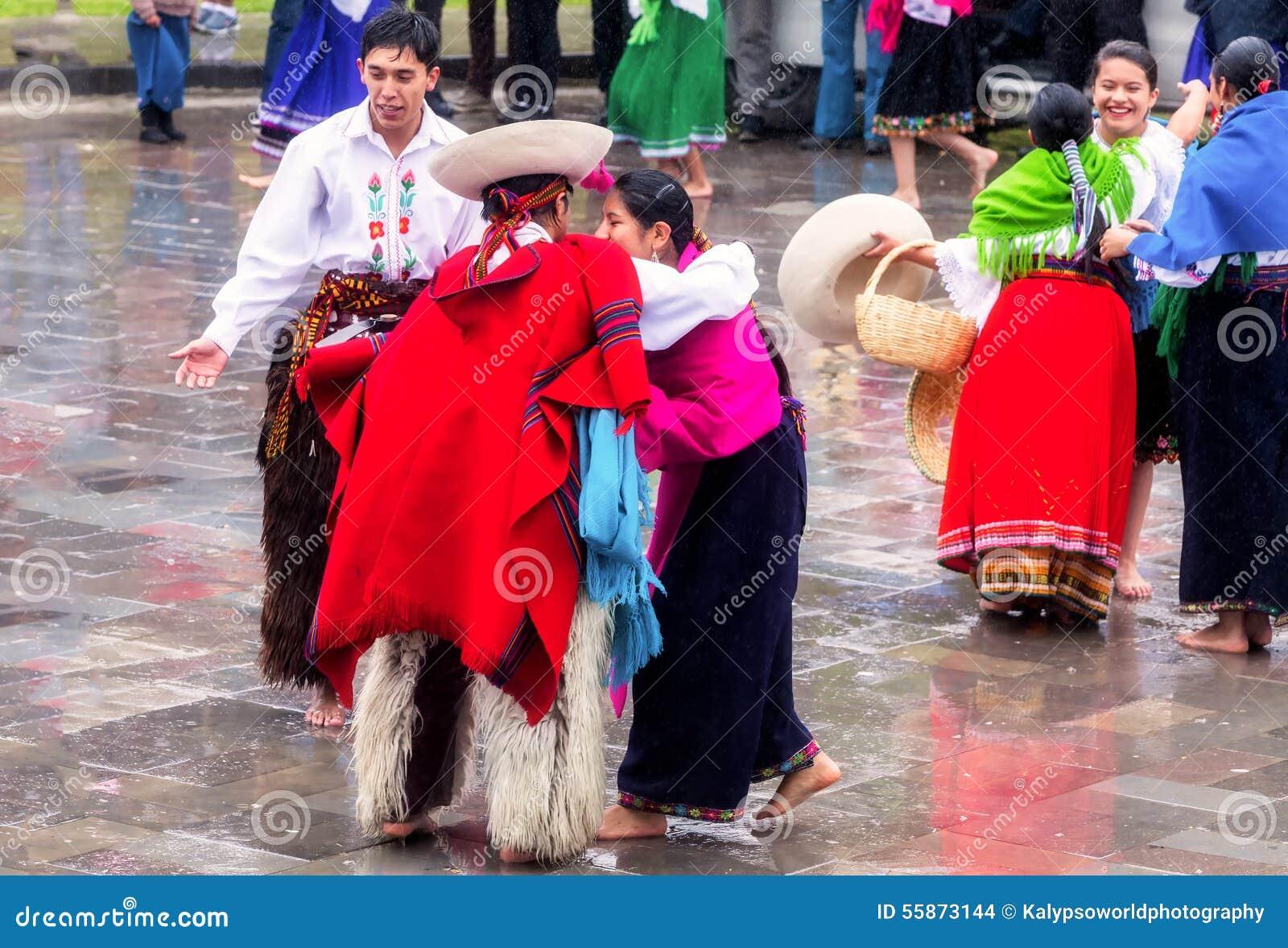 Inti Raymi di celebrazione indigeno non identificato, Inca Festival del Sun in Ingapirca, Ecuador