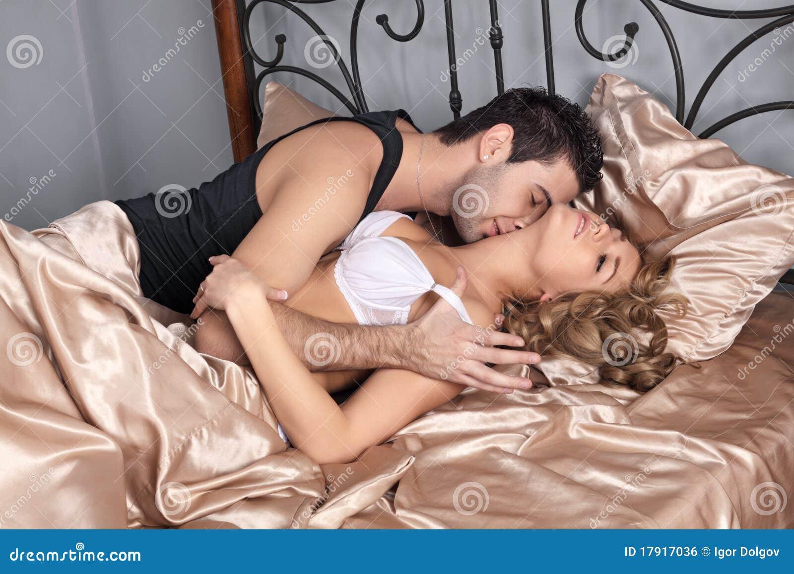 Секс на пастели онлайн 15 фотография