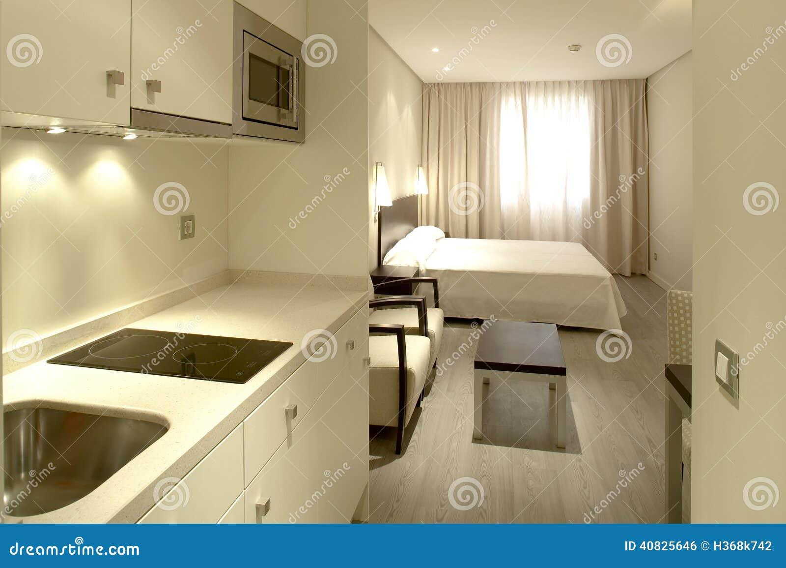Int rieur d 39 appartement avec la cuisine et la chambre - Chambre d hotel avec cuisine ...